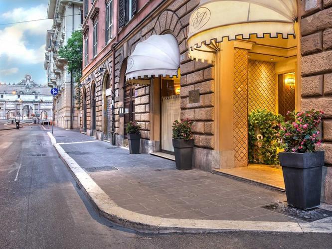 River Palace Hotel Sebagai Hotel Dengan Fasilitas Terbaik Di Roma